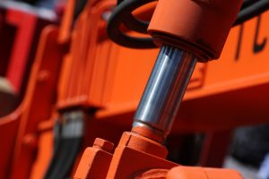 Using Smart Cylinders to Reduce Operational Costs for Your Hydraulic Equipment