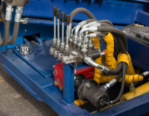 The Benefits of Having a Local Hydraulic Component Supplier